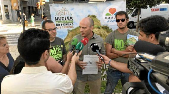 La Mesa de la Ría inicia una campaña de recogida de firmas para proteger el Cabezo de La Joya
