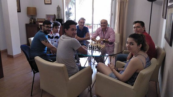 El Ayuntamiento de Lepe impulsará la creación de un nuevo Club de Ajedrez con sede en la localidad