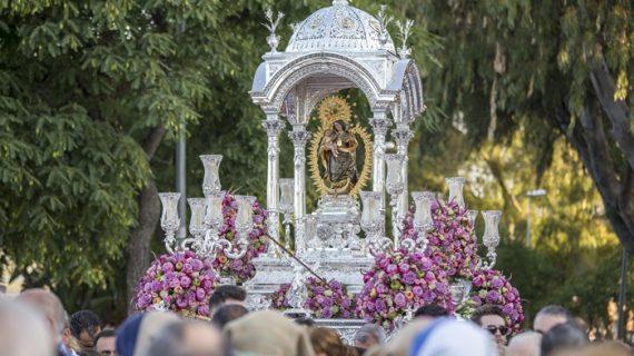 Los onubenses demuestran su devoción a la Virgen de la Cinta