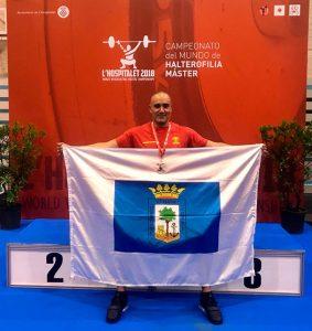 Enorme actuación del onubense David Dos Rey en el Campeonato del Mundo Máster de halterofilia, donde fue segundo.