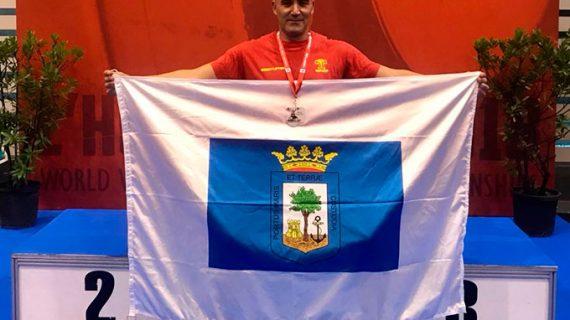 El onubense David Dos Rey conquista el subcampeonato del mundo Máster de halterofilia