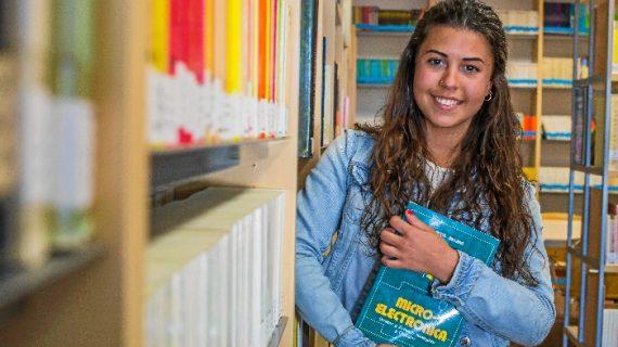 """Ana Victoria Canterla, estudiante: """"El Programa de Becas de MATSA me ha permitido afrontar mejor el esfuerzo económico que supone estudiar en la universidad"""""""