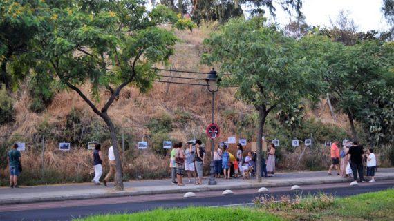 'Huelva te mira' y la 'Plataforma Parque Moret' recogen 700 firmas contra las construcciones en La Joya
