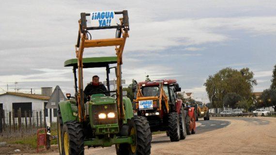 La Plataforma solicita los permisos para celebrar una tractorada y una cadena humana en Huelva capital
