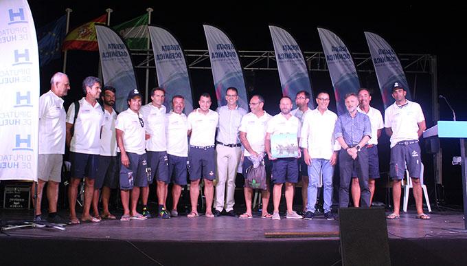 Un momento de la presentación de las tripulaciones de los barcos que compiten en la Regata Huelva-La Gomera.
