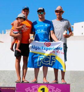 Rubén Gutiérrez, en el podio de su categoría en la 26ª edición del Circuito de Mar do Algarve.