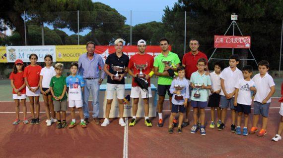 Pablo Soto, campeón del XXIX Open de Tenis de Mazagón tras derrotar en la final a Pablo Real