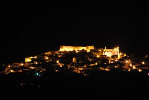 Todo listo para la Noche de las Velas en el Castillo de Aroche