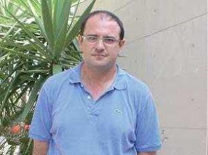 El lucenero Antonio Guerrero Ruiz publica su quinta obra 'Apuntes de Filosofía Moral'