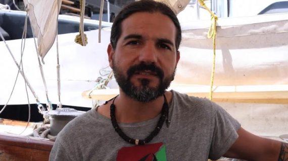 El concejal de Alájar, Francisco Canales, interceptado por Israel en el barco sueco 'Freedom', pide ayuda al Gobierno español