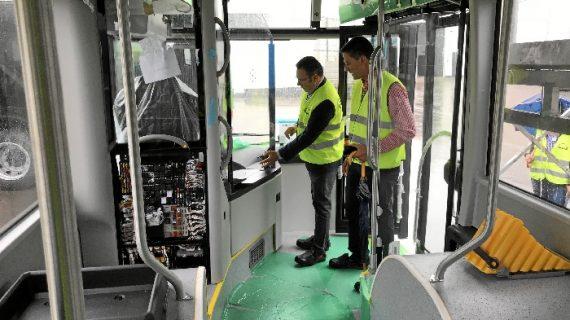 Diez nuevos autobuses se incorporarán a la flota onubense el próximo otoño
