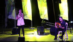 Rocío Ojuelo, durante su actuación en el espectáculo 'Embárcate con el flamenco', que siguió a la presentación de las tripulaciones.