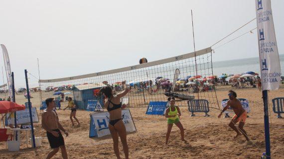 Huelva y Ayamonte acogen el sábado sendas pruebas de los circuitos de vóley-playa y 3×3 de baloncesto