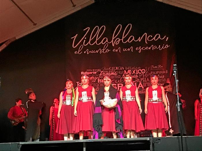 El XXXVIII Festival Internacional de Danzas de Villablanca cierra su programación