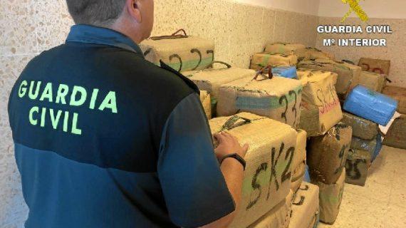 Intervenidos 94 fardos de hachís en Ayamonte