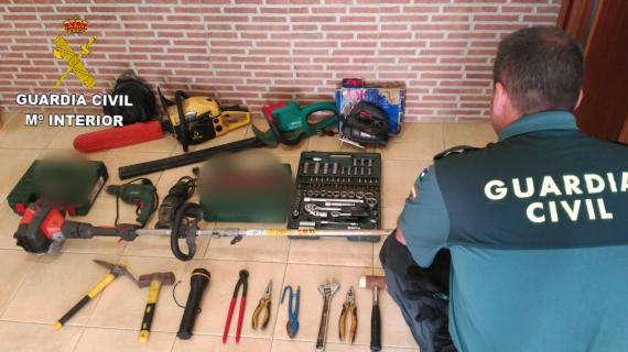 Esclarecidos tres robos perpetrados en Minas de Riotinto relacionando a cinco personas, dos de ellas menores
