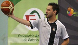 Antonio Bejarano dirigirá partidos de la Liga EBA y la Liga Femenina 2. / Foto: @fabhuelva.