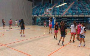 La presencia de equipos femeninos, novedad esta temporada en el Ciudad de Huelva.
