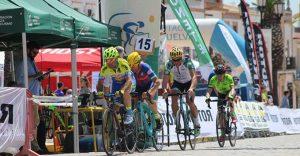 Concluyó un apasionante Circuito Provincial de Huelva de Carretera Máster. / Foto: www.andaluciaciclismo.com.