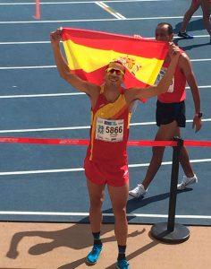 José Manuel Cortés Medina, muy contento tras ganar el oro mundial Máster en Málaga. / Foto: @SanRoqueLepe.