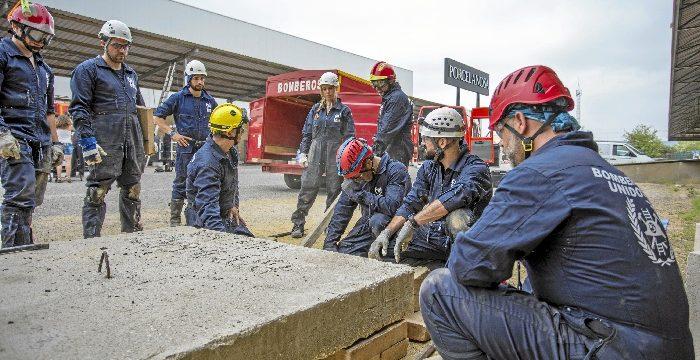 Bomberos de Huelva imparten un curso sobre desescombro y salvamento orientado a profesionales en labores de emergencia