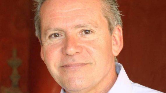 El catedrático y escritor onubense Manuel Ángel Vázquez Medel, Premio Ángel Serradilla