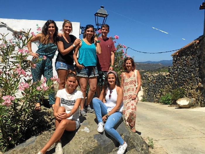 Voluntarios de la Asociación onubense Ayre Solidario viajan a Atenas para dar apoyo a jóvenes refugiados