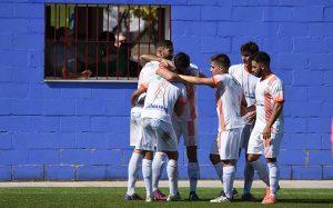Con su victoria en el feudo de la Roteña, La Palma evita por completo el descenso. / Foto: David Limón.