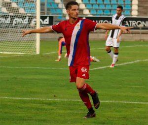 Caye Quintana, tras anotar el gol que a la postre dio el triunfo al Recre. / Foto: Recre.org.