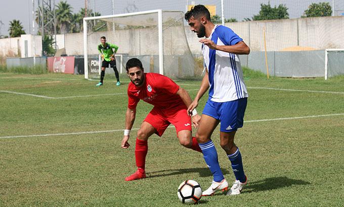 El Atlético Onubense juega este domingo en La Palma un derbi entre vencedores en la primera jornada. / Foto: Jesús Manzano / Recrecantera.es.