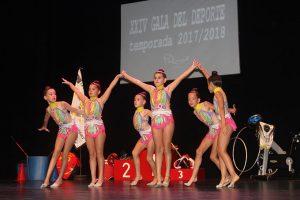 La Gala estuvo amenizada por la Escuela de Gimnasia Rítmica Local.