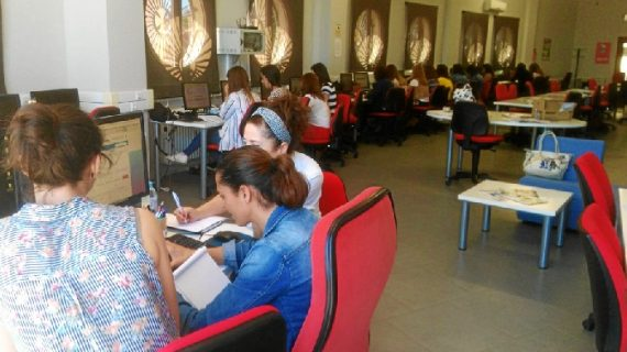 Los trabajadores de Guadalinfo reciben formación actualizada sobre competencias digitales