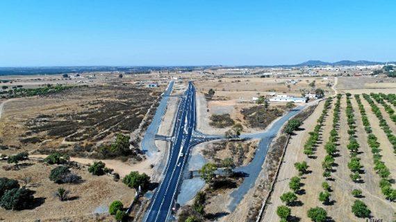 Continúan las obras en la carretera A-490 entre San Bartolomé y Castillejos