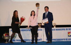Una de las Menciones de Honor fue para la nadadora paralímpica Marina Méndez Feria.
