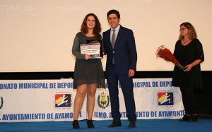 Mariela Perera Borrego recibió el premio a la Mejor Deportista Femenina.