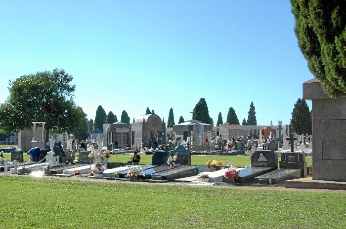 El Cementerio de la Soledad, preparado para la festividad de Todos los Santos