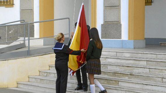 Ceremonia de Izado de Bandera en la Comandancia Naval de Huelva
