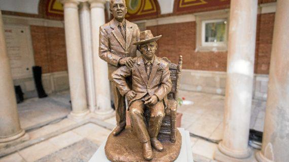 Presentada la maqueta del monumento a Paco y Pepe Isidro
