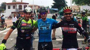 Podio masculino de la prueba ciclista celebrada en Minas de Riotinto.