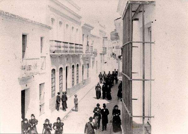 Viajando a la atractiva Huelva del siglo XIX a través de sus preciadas fotos