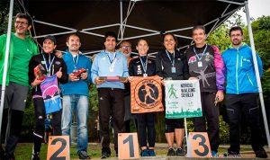 Los vencedores de la prueba de marcha nórdica que ha tenido lugar en Huelva.