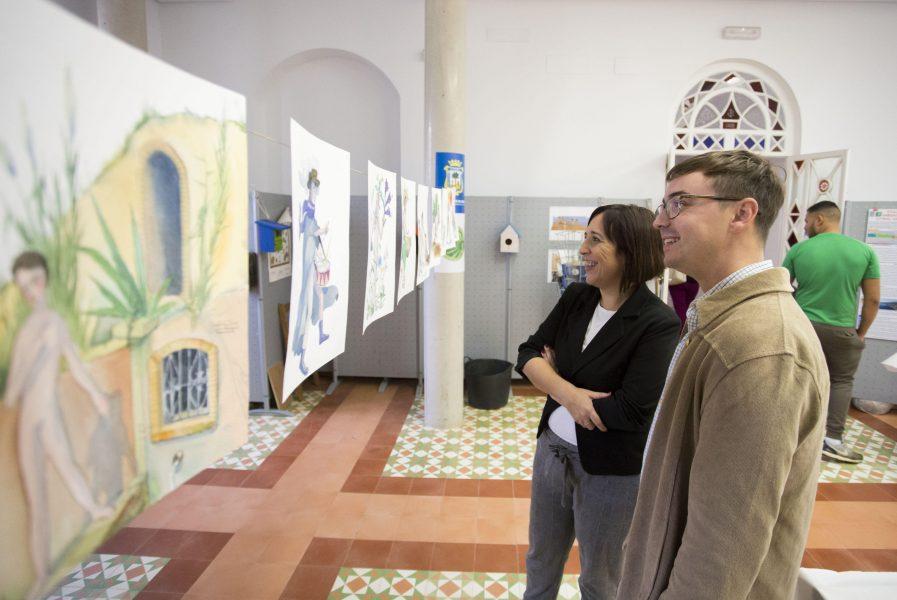 El Aula de la Naturaleza estrena un mural que homenajea la diversidad de las estaciones del año