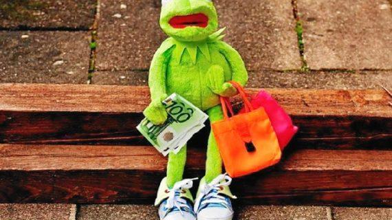 ¿Qué condiciones o requisitos debo cumplir para pedir un préstamo?