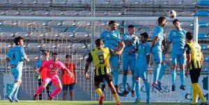 Momento de la falta magistralmente lanzada por Pablo Ganet y que supuso el 0-1. / Foto: José María García-www.lucenahoy.com.