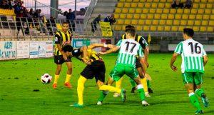 El San Roque quiere dejar atrás su partido ante el Betis B y se centra en ganar este domingo en Conil. / Foto: @josegondel10.