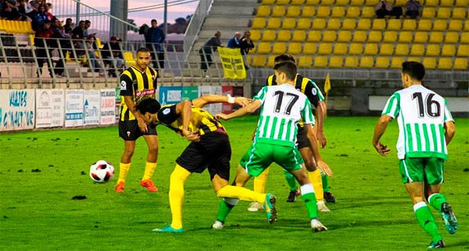 El San Roque se juega este domingo tres puntos muy importantes con el Conil.