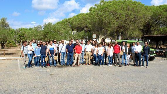 Empresarios del sector turístico onubense participan en un fam trip por Doñana y la Ruta del Vino