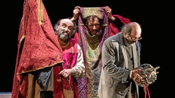 Cartaya lleva hasta sus tablas la aclamada obra 'Ahora todo es noche'