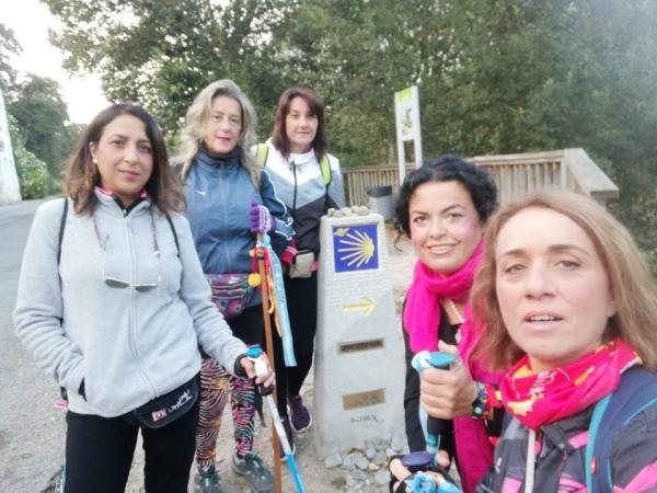 Mujeres de Beas unen Clarines con Santiago de Compostela