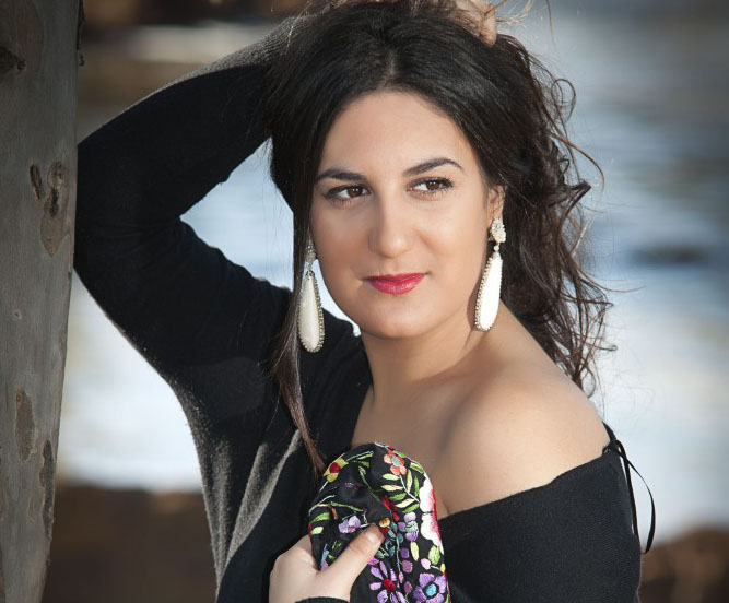 La cantaora beasina Rocío Mayoral triunfa con la obra 'Mi Carmen Flamenca' en Bélgica
